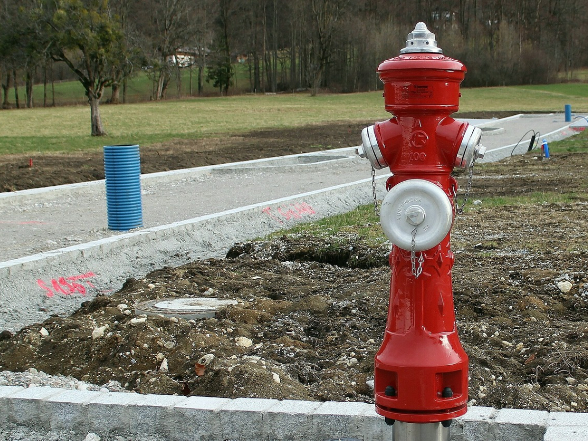 water-red-metal-fire-fire-hydrant-sculpture-994959-pxhere.com