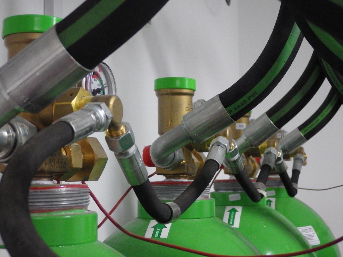 plant-wheel-tube-interior-green-vehicle-502262-pxhere.com